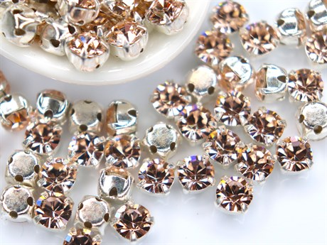Шатоны 4 мм, Maxima Preciosa, G. quartz DF купить в Москве.