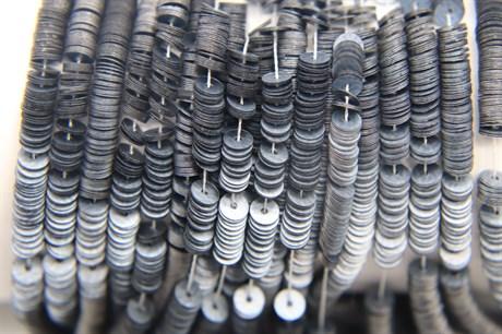 Пайетки матовый металлик 10070, 4 мм - фото 6113
