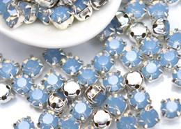 Шатоны 4 мм, Maxima Preciosa, Light Sapphire opal