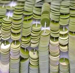 Пайетки радужный фарфор 5148, 4 мм