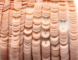 Пайетки фарфоровые 6004, 4 мм
